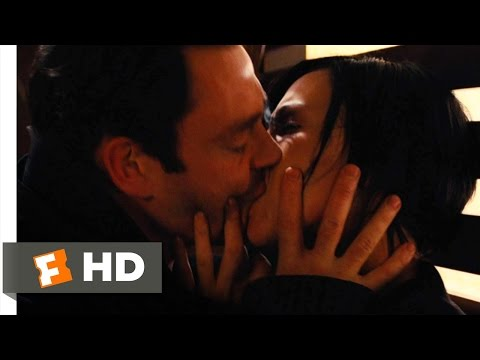 Aeon Flux (5/10) Movie CLIP - Why Do I Feel This Way? (2005) HD thumbnail