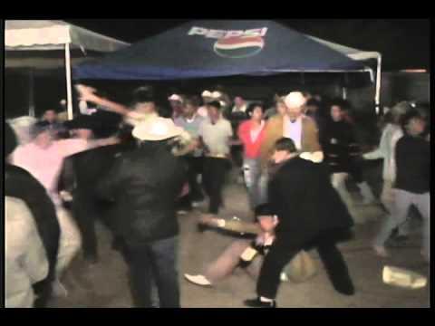 Pelea en Baile de Los Indomables de Cedral
