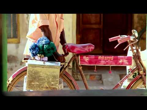 The IOU Project - Karaikadu Weaving Society