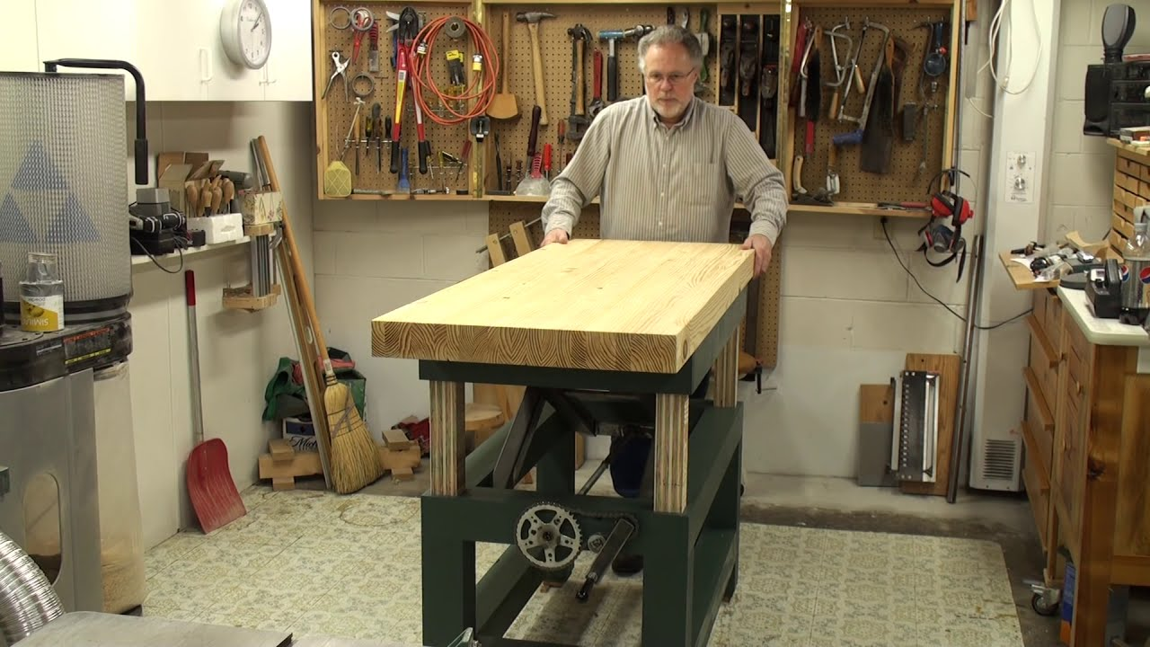 woodworking adjustable-height bench - YouTube