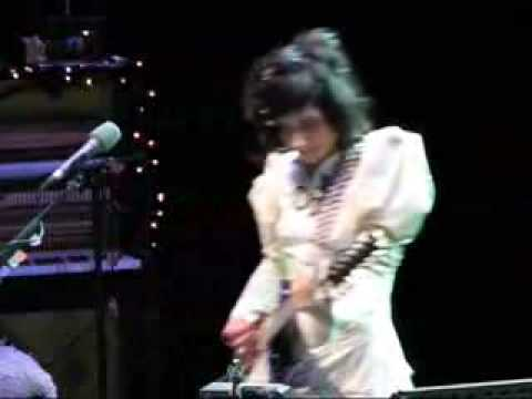 PJ Harvey - Man-Size - Stunningly Live! 2007 (complete) - Lyrics