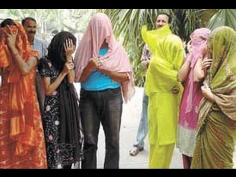 Heera Mandi Raid Footage Karachi 2013 - Prostitute Booking Documentary
