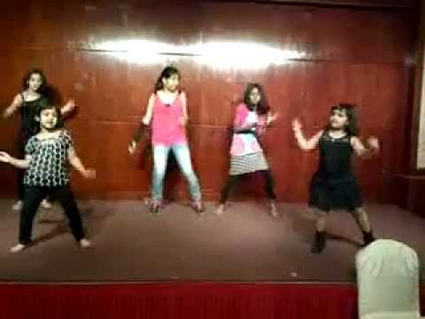 Tumhi Ho Bandhu, Sakha Tumhi Ho.....impromptu Dance Performance By The Children video