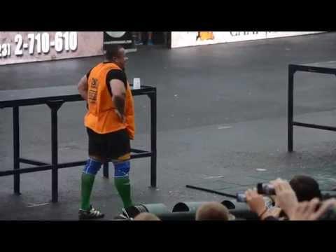 Михаил Кокляев подъём 160кг бревна Strongman Champions League