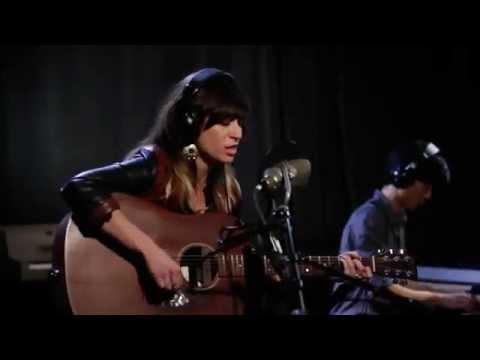 Nicole Atkins - Bird On A Wire (Leonard Cohen cover)