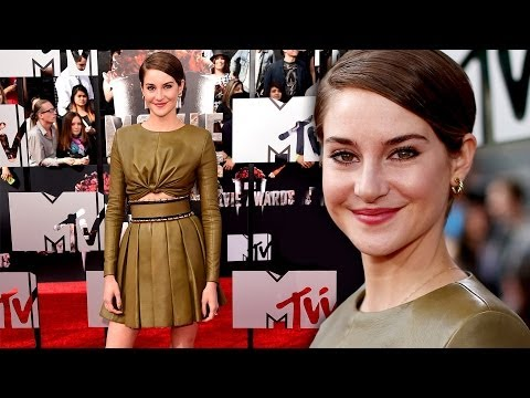Shailene Woodley on the Red Carpet MTV Movie Awards 2014