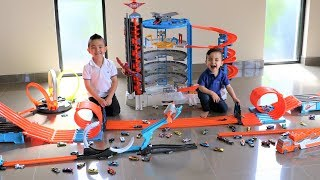 HOT WHEELS CITY ! Cars Track Set Fun With Ckn Toys