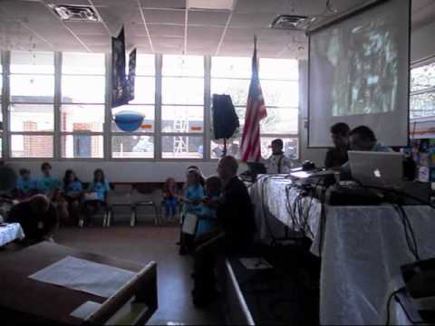 Kids talk to ISS, HAM radio is most awesome!!