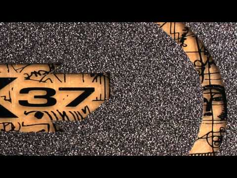 Apex 37 (2011) Longboard