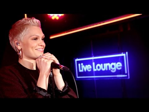 Jessie J - I Knew You Were Trouble (taylor Swift) In The Live Lounge video