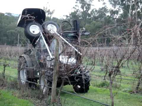 Langlois Vine Stripper with optional Feeder Rods - TATURA ENGINEERING - 0408241998