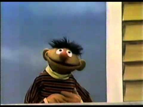 Sesame Street - Ernie Borrows A Vacuum