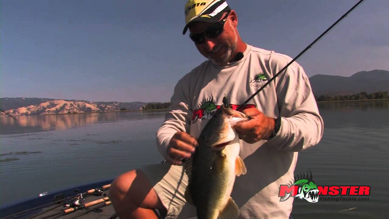 Top water bass frog fishing clear lake with bobby barrack for Top water bass fishing