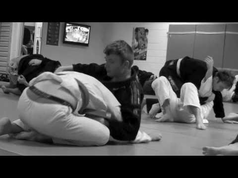 How to learn slowrolling in BJJ Image 1