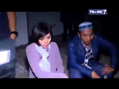 Dua Dunia Eps  Selasa, 4 November 2014 • Misteri Gaib Villa Angker Full video