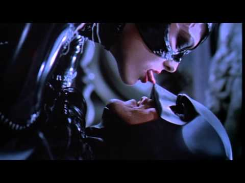Batman Returns (Trailer)