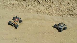 RC Rattler 1:8 4WD Buggy vs Quanum Vandal 1:10 4WD Buggy