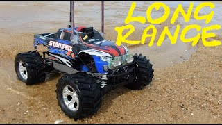 TRENDING FUN: RC CAR ON THE BEACH - PART 1 - VIDEO GAG - FPV TRAXXAS LONG RANGE