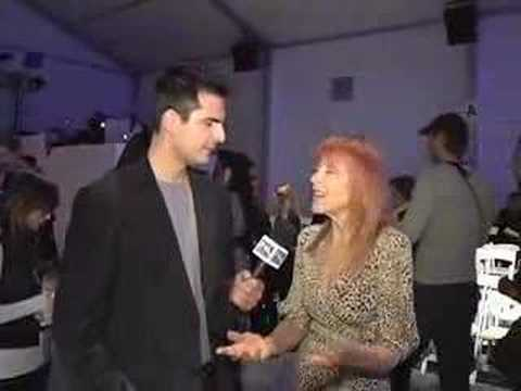 Rocco G interviews Tina Louise @ NY Fashion Week Fall 08'
