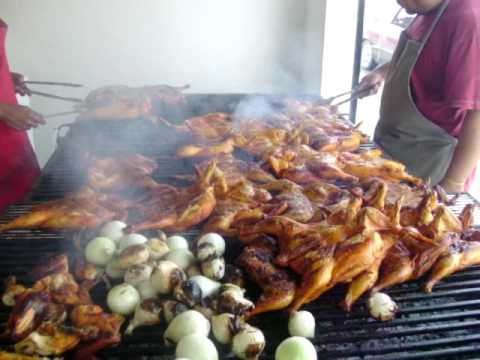 pollos asados al carbon . pepes pollos !