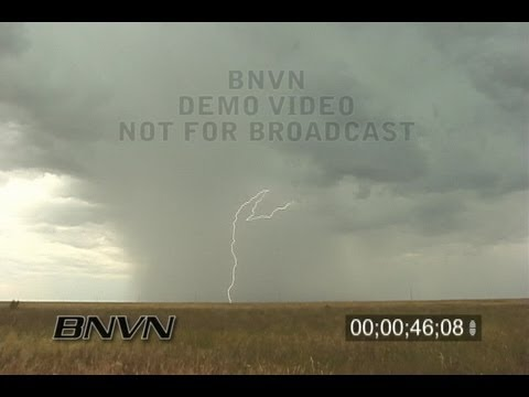 Various daylight lightning video form May 2002