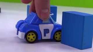 Jouets Robocar Poli. La Compétition Des Voitures Miniatures.