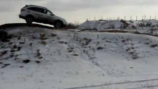 Hyundai ix55 умеет забираться в гору