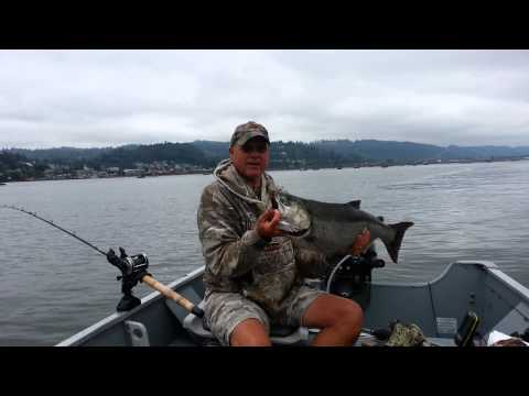 Fishing in The Columbia River at Cowlitz river junction