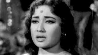 Meena Kumari, Sunil Dutt, Babloo - Main Chup Rahungi Scene 19/19