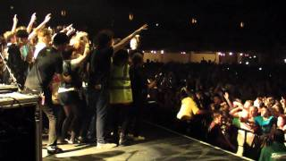 Cardiff 2010 Thirty Seconds To Mars -Kings And Queens.MP4