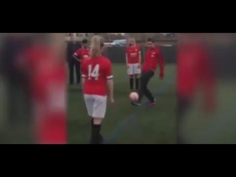 Di Maria Skill Show - Manchester United Training | 02/11/2014