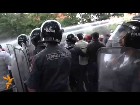 Armenian Police Use Force To Disperse Protests