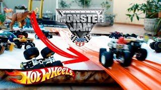 Hot Wheels Monster Jam Race Foam Challenge - Toys for Kids #02