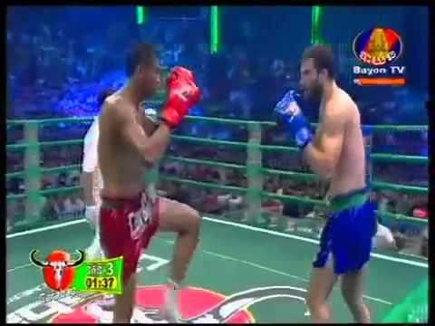Bayon TV Boxing   Long Sophy Vs Yohan  Sep 20,2015