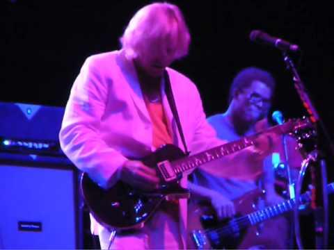 Joe Walsh Fantastic Guitar Solo.