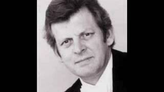 Thomas Allen sings Oreste