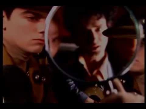 Soda Stereo - Ella Uso Mi Cabeza Como Un Revolver