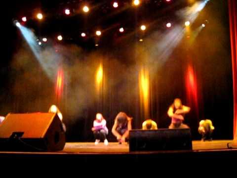USC Fly Girls @ Choreography 2010 thumbnail