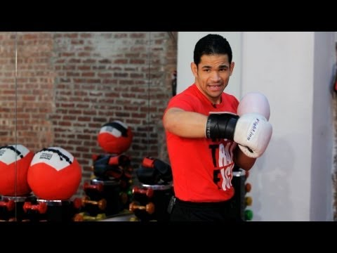 How to Do a Hook   Kickboxing Lessons Image 1
