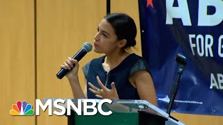 Download Lagu Reporter On Twitter Criticizes Alexandria Ocasio-Cortez's Wardrobe | Velshi & Ruhle | MSNBC Gratis STAFABAND