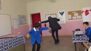 Download Lagu Öğretmen ile Öğrencisi Süper Oynuyor Gratis STAFABAND