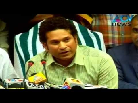Sachin names his football team as 'Kerala Blasters'