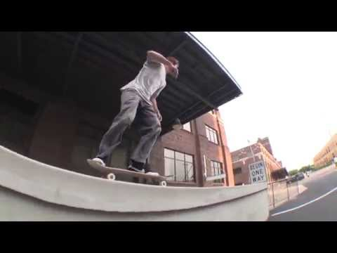 Nike SB Chronicles, Vol. 3 | Peek-A-Boo