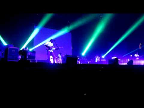 Sonu Nigam Live In Concert - Kal Ho Naa Ho Song Extended Version -  Wembley Arena In London UK