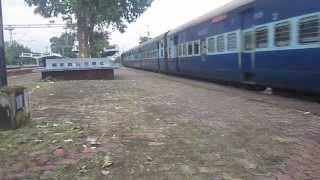 21298 TATA WAM-4 racing past with 18009 Santragachi-Ajmer Weekly Express at Sankrail