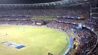 Wankhede Stadium Fan Wave - Nothing Beats this Madness !