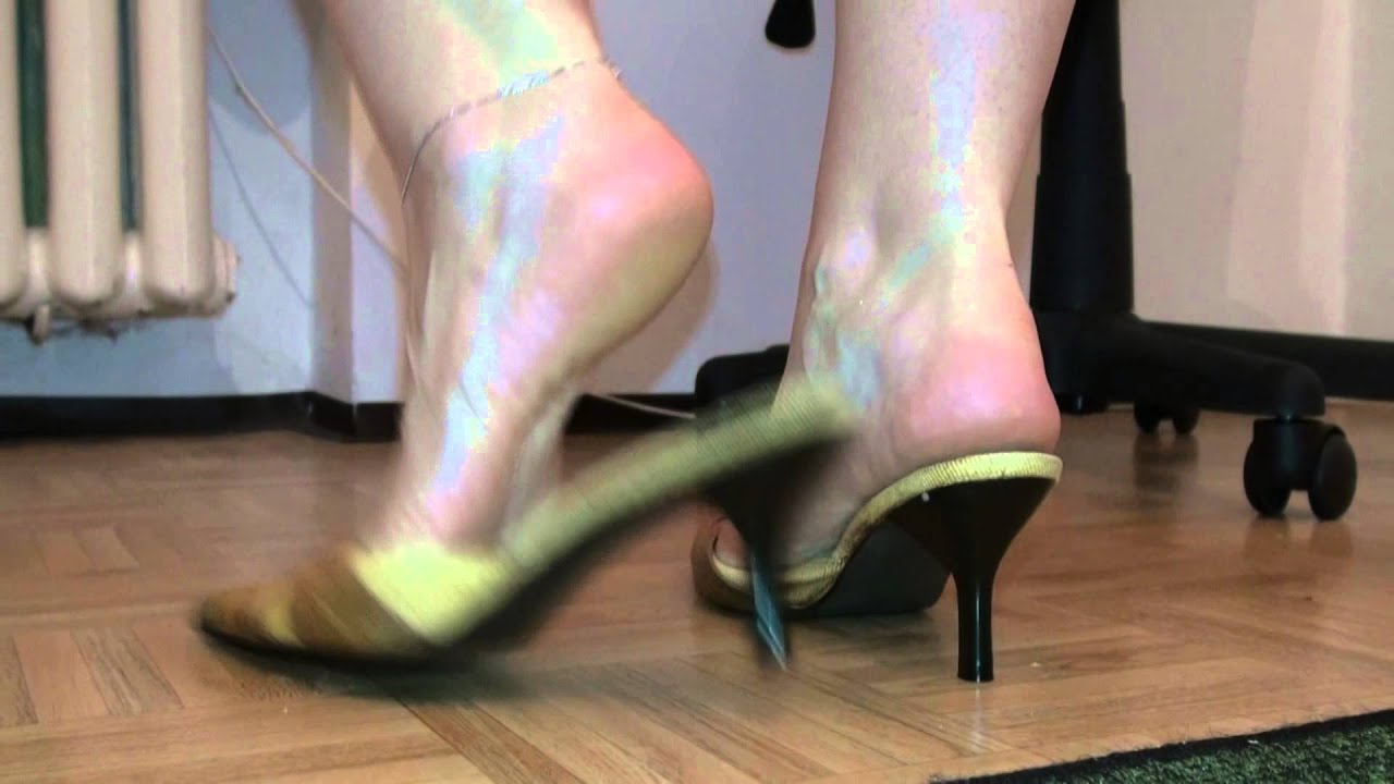 VIDEO CHAT: Mistress L.A. with Nicholas Tanek - Your Kinky