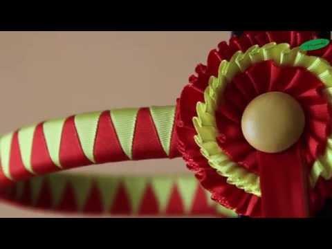 Cabezada de presentacion especial con cucardas | Special show halter with ornamented browband