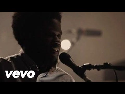 Michael Kiwanuka - Tell Me A Tale (Live At Hackney Round Chapel, 2012)