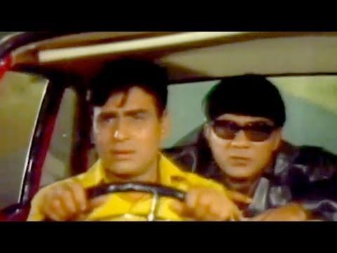 Rajendra Kumar and Mehmood in Action - Shatranj Scene